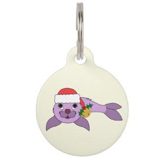 薄紫の子どものアシカ-サンタの帽子及び金ゴールド鐘 ペット ネームタグ