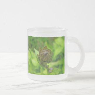 薄紫のHostAの開花 フロストグラスマグカップ