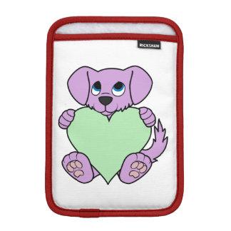 薄緑のハートのバレンタインデーの紫色犬 iPad MINIスリーブ