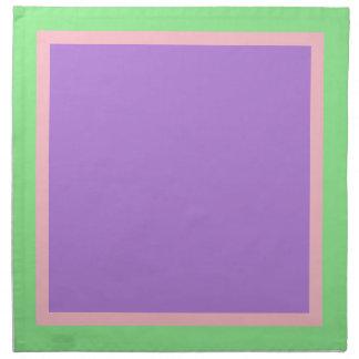 薄緑のピンクおよびラベンダーのナプキン ナプキンクロス