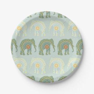 薄緑の象および曼荼羅パターン ペーパープレート