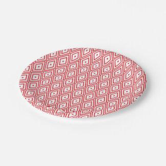 薄赤および白いダイヤモンドパターン ペーパープレート