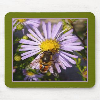 藤色の星状体の花の~のマウスパッドの昆虫 マウスパッド