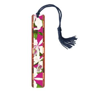 蘭によっては木製のしおりが開花します ブックマーク