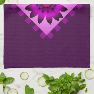 蘭のマゼンタのデイジーの花の台所タオル キッチンタオル