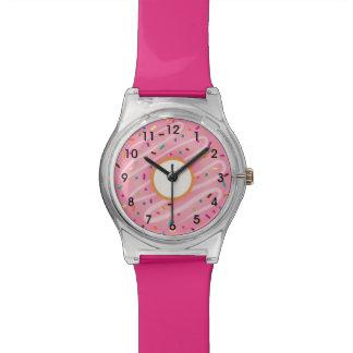 虹が付いているピンクドーナツは振りかけます 腕時計