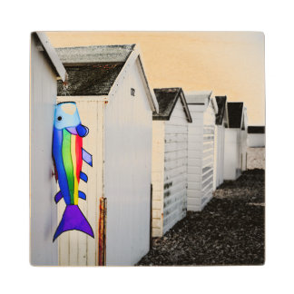 虹によって着色される凧 ウッドコースター