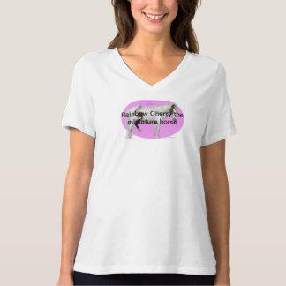 虹のさくらんぼミニチュア馬 Tシャツ