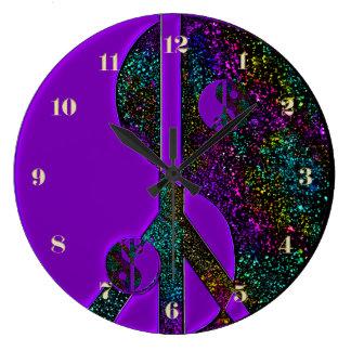 虹のグリッターの陰陽のピースサインの時計 ラージ壁時計