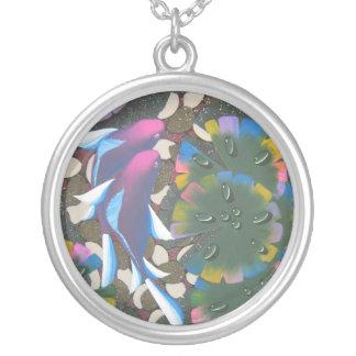 虹のコイ シルバープレートネックレス