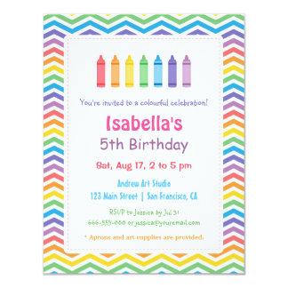 虹のシェブロンのクレヨンの芸術の子供の誕生日のパーティ カード