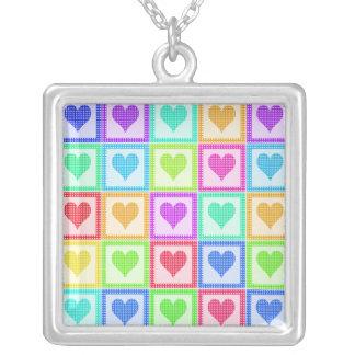 虹のハートのキルトパターン シルバープレートネックレス