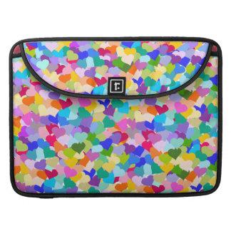 虹のハートの紙吹雪 MacBook PROスリーブ