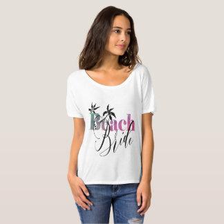 虹のビーチの花嫁-黒い原稿 Tシャツ