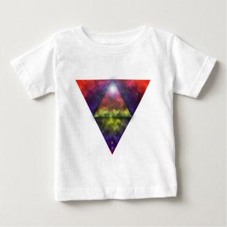 虹のピラミッド ベビーTシャツ