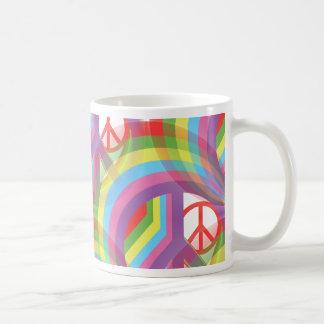 虹のピースサイン コーヒーマグカップ