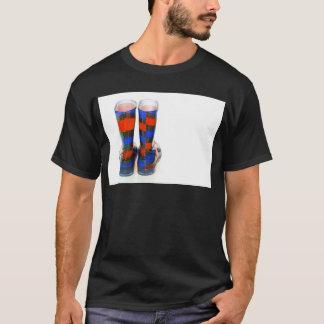 虹のブーツ Tシャツ