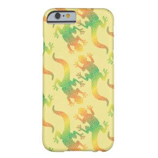 虹のヤモリのパーティー BARELY THERE iPhone 6 ケース
