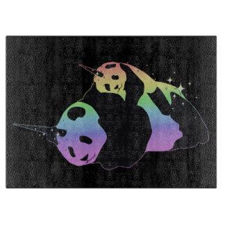 虹のユニコーンのパンダの魔法の輝きの抱擁 カッティングボード