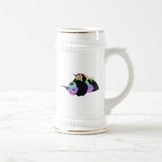 虹のユニコーンのパンダの魔法の輝きの抱擁 ビールジョッキ