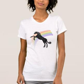 虹のユニコーン Tシャツ