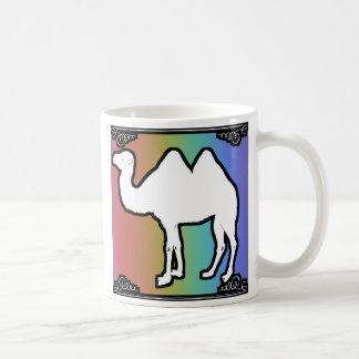 虹のラクダのマグ コーヒーマグカップ