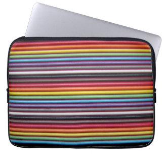 虹のリボン・ケーブルのラップトップスリーブ ラップトップスリーブ