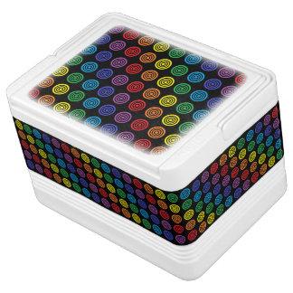 虹の中心点の黒 IGLOOクーラーボックス