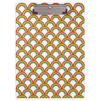 虹の多様性のお祝いパターン クリップボード