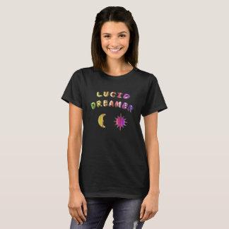 虹の女性の透明な夢みる人のTシャツ。 Tシャツ