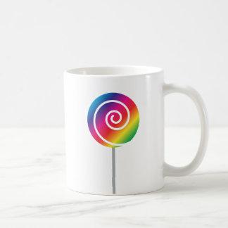 虹の棒つきキャンデーの吸盤の渦巻のマグ コーヒーマグカップ