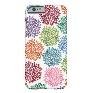 虹の水彩画のダリアによってはiPhone 6の箱が開花します iPhone 6 ベアリーゼアケース