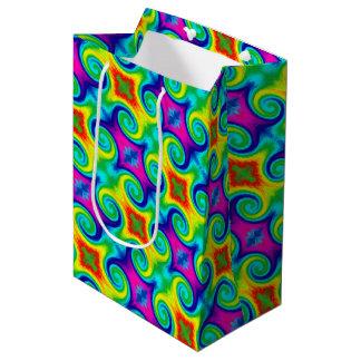 虹の渦巻の抽象美術のデザイン ミディアムペーパーバッグ