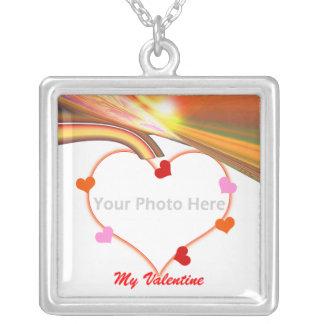 虹の空のバレンタインのハート(写真フレーム) シルバープレートネックレス