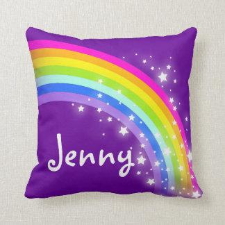 虹の紫色の女の子の一流のジェニーのクッションの枕 クッション