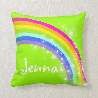 虹の緑の女の子の一流のJennaのクッションの枕 クッション