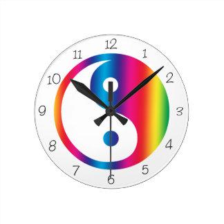 虹の陰陽の円形の時計 ラウンド壁時計