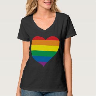 虹愛ハート、ゲイプライドの愛勝利 Tシャツ