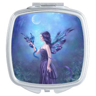虹色のドラゴン及び妖精の正方形の密集した鏡