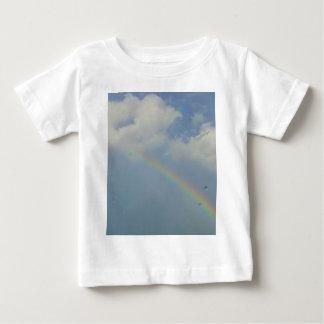 虹 ベビーTシャツ