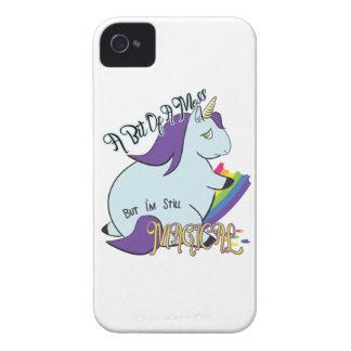 虹-魔法の混乱--を食べるぽっちゃりしたユニコーン Case-Mate iPhone 4 ケース