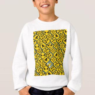 蜂およびより多くの蜂 スウェットシャツ