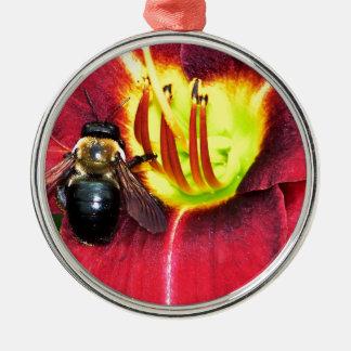 蜂および花 メタルオーナメント