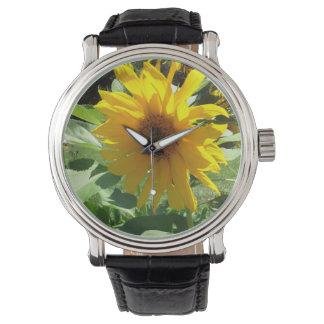 蜂が付いているヒマワリ 腕時計