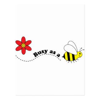 蜂の幸せな蜂および花の漫画として忙しい ポストカード