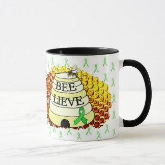 蜂のLieveライム病の認識度のコーヒーカップ マグカップ