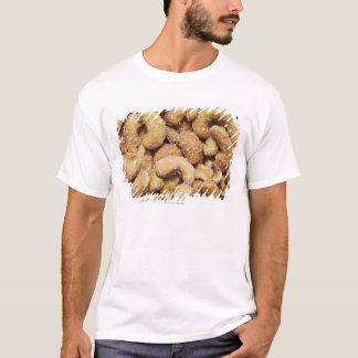 蜂蜜によって焼かれるカシューナッツ Tシャツ