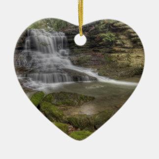 蜂蜜の操業滝、オハイオ州 セラミックオーナメント