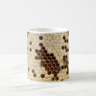 蜂蜜の櫛のマグの蜂 モーフィングマグカップ