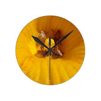 蜂蜜の蜂の交通渋滞 ラウンド壁時計